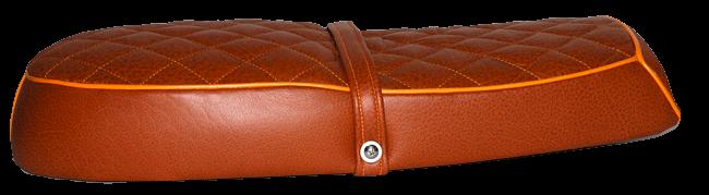 Selle Mash cuir matelassé avec passepoil orange