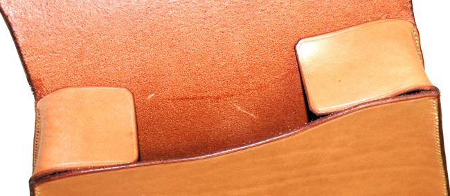 Sacoche HD en cuir avec soufflets de maintien